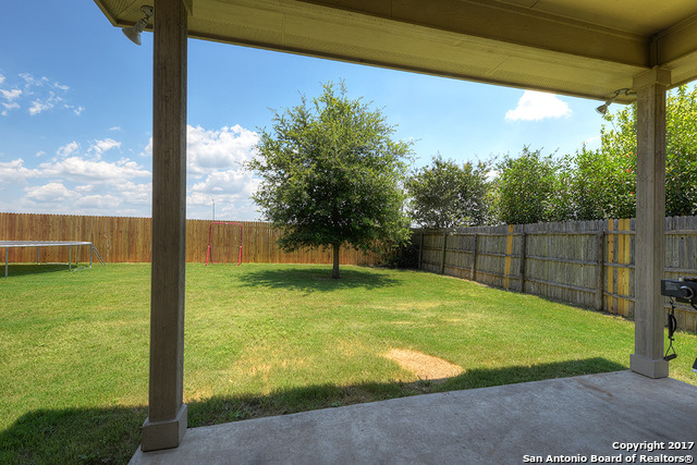 910 AVERY PKWY, New Braunfels, TX, 78130 | Better Homes and Gardens ...